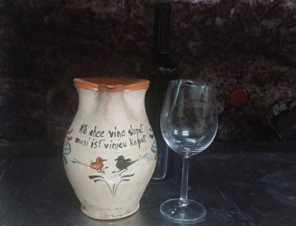 vino 1 (1)