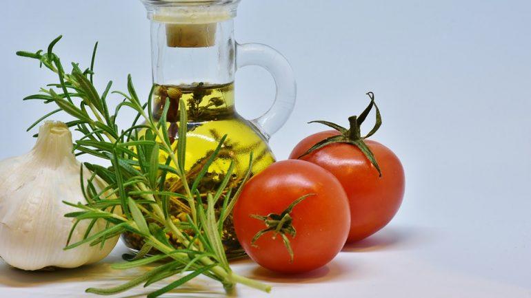 Účinné insekticídy, ktoré si vyrobíte aj doma