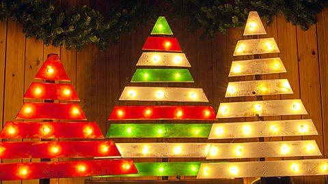 Vianočný stromček zo starých paliet, skúste to!