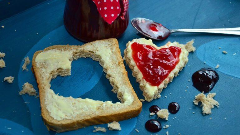 Ako urobiť šípkovú marmeládu