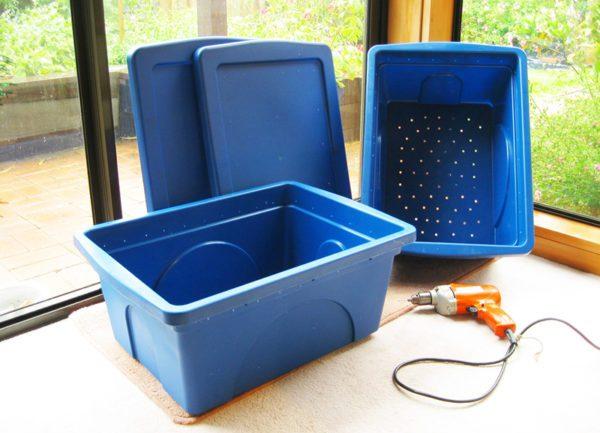 Ako si vyrobiť vermikompostovací kôš