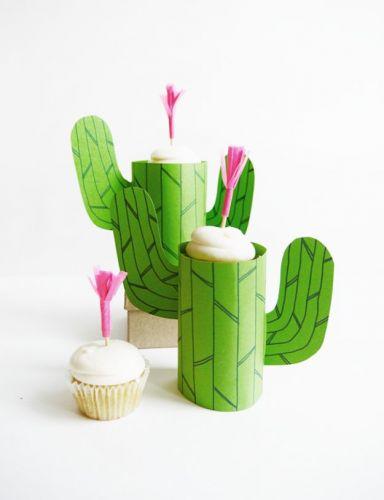 Kaktusy z rolky toaletného papiera